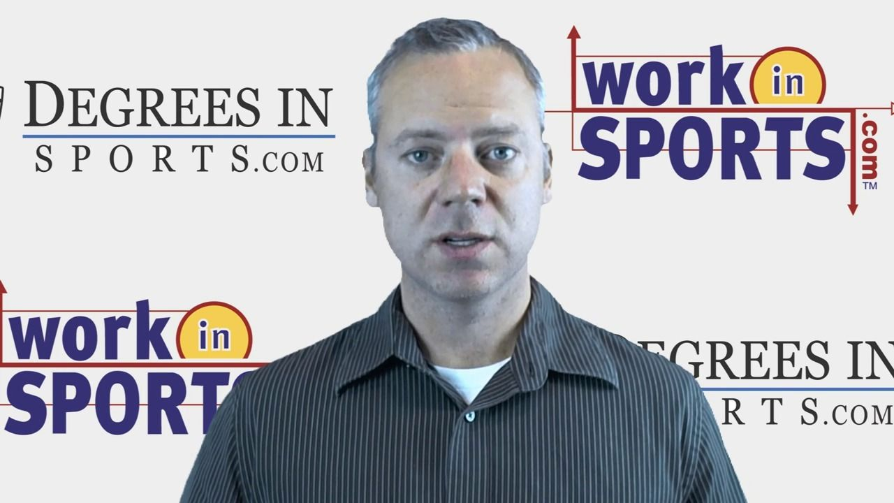 Video Young Sports Broadcasters Always Make This MIstake