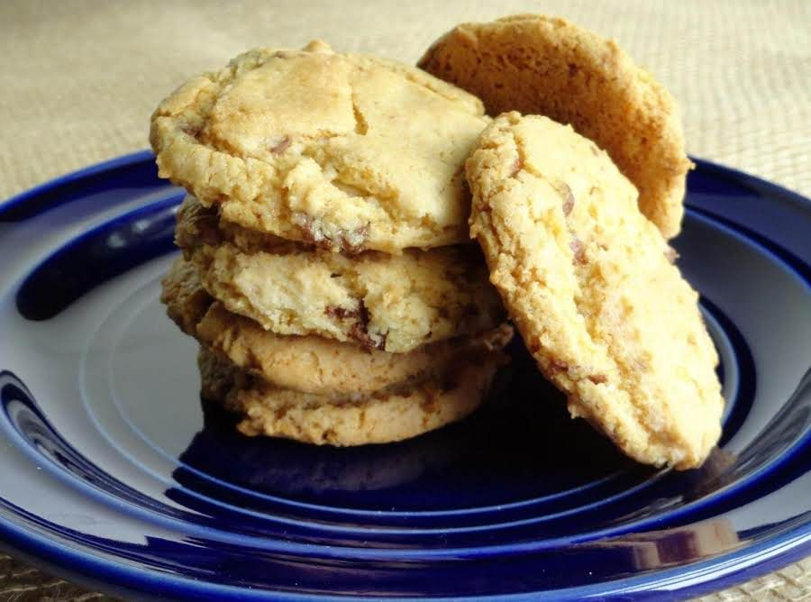 I took a basic cake mix cookie recipe and made this one ...