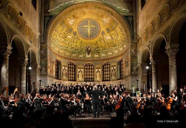 @ravennafestival: #TheGreatBeauty in Italy is everywere Sant'Apollinare in Classe #Ravenna