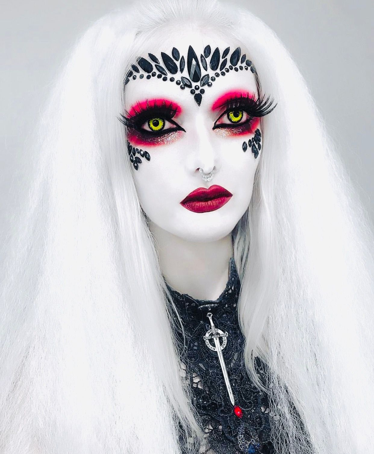 Goth beauty, Gothic makeup, Tattoo clothing