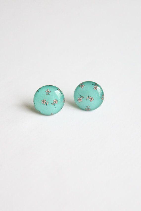 Romantic flower stud earrings, €12.55, #romantic #earrings #flower #floral #cute