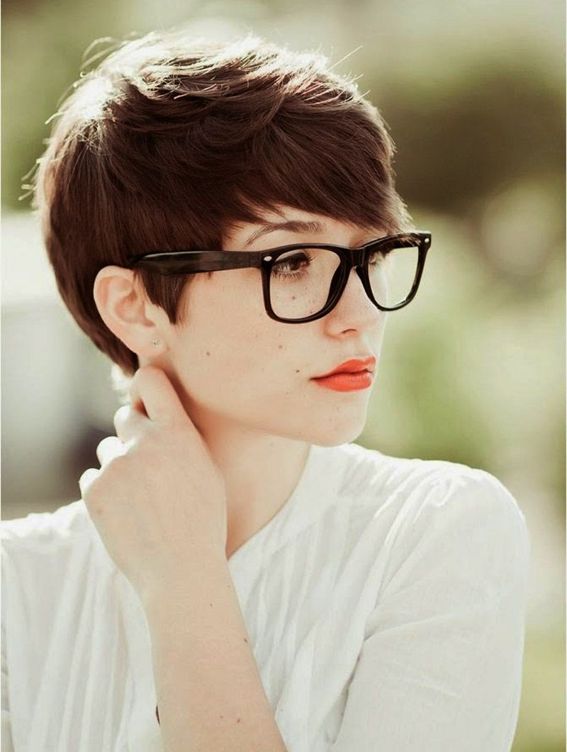 Cute Very Short Hairstyles For Women With Glasses Classy