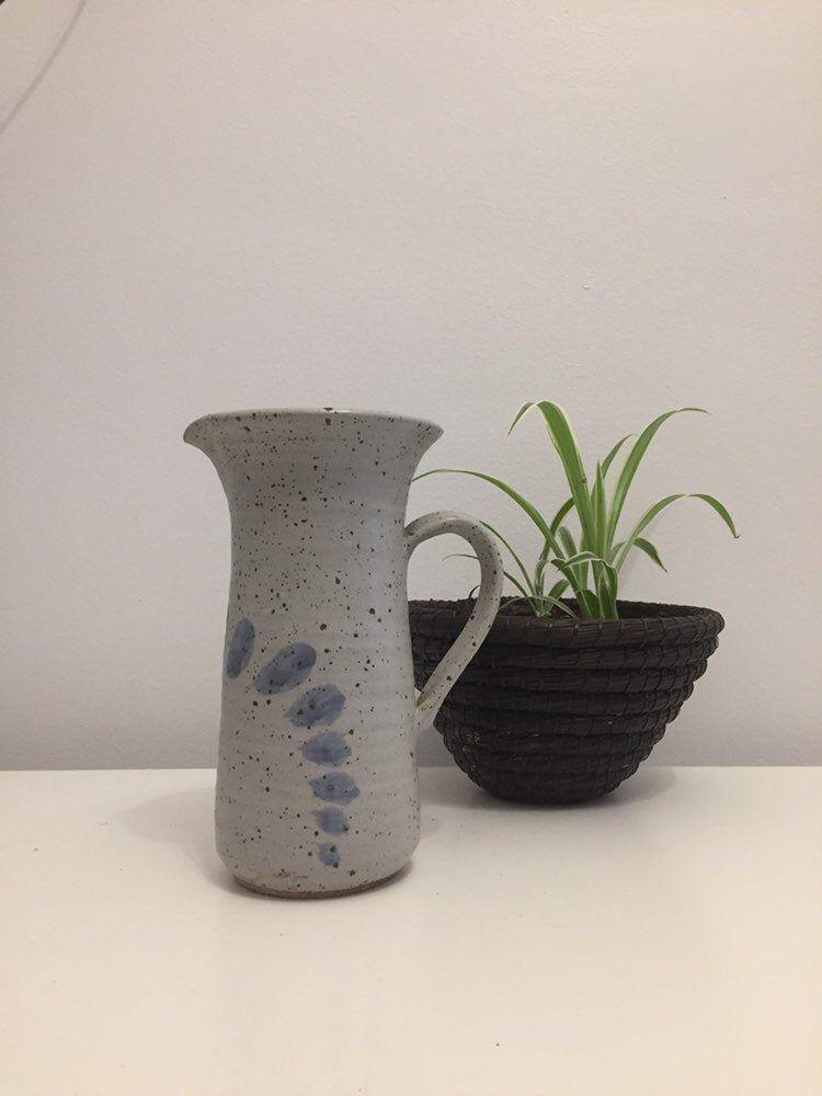 Pretty vintage pottery vase / pottery pitcher / gray vase / gray pitcher / vintage vase / vintage pitcher / pottery art / large vase 8.75 in #etsy #countryfarmhouse #grayvase #graypottery #vintagegrayvase #potteryart #largepitcher #largevase