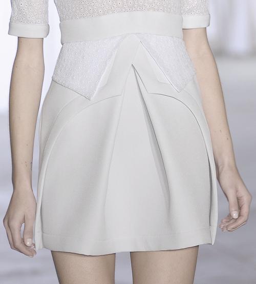 Layers, shape & structure - fashion construction details // Preen