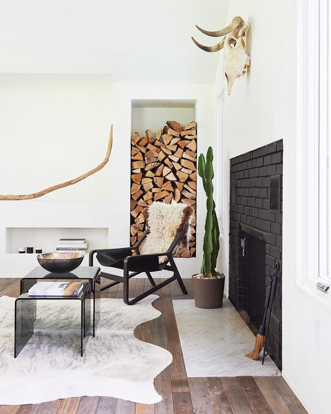 I want a built in log holder i just love the color and texture it brings to a room shoot even if you dont have a fireplace lets all get one hehehe