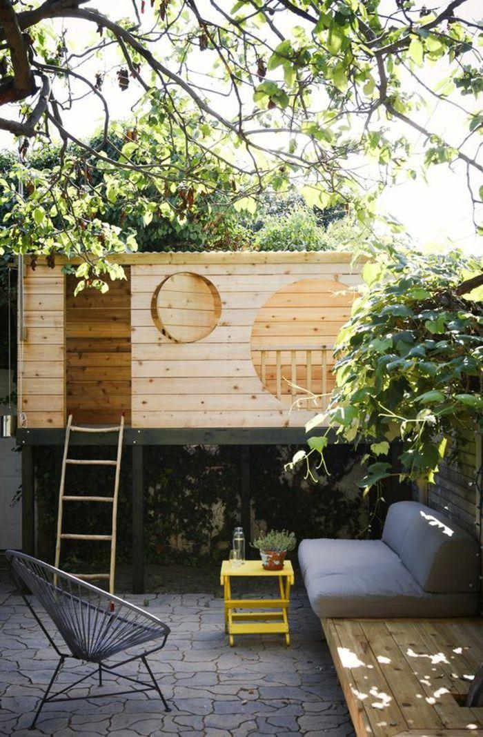 am nager un petit jardin avec un coin pour les espaces. Black Bedroom Furniture Sets. Home Design Ideas