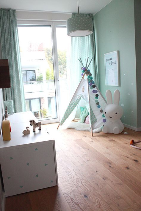 Perfekt Kinderzimmer In Türkis Mit Tipi, Miffy Und Poster