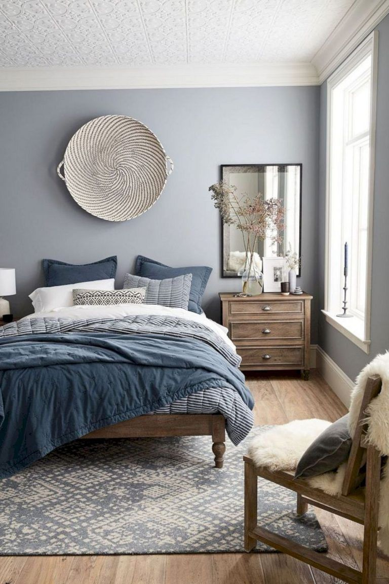 Small Master Bedroom Design Ideas Tips And Photos Master Bedroom Interior Small Master Bedroom Home Decor Bedroom