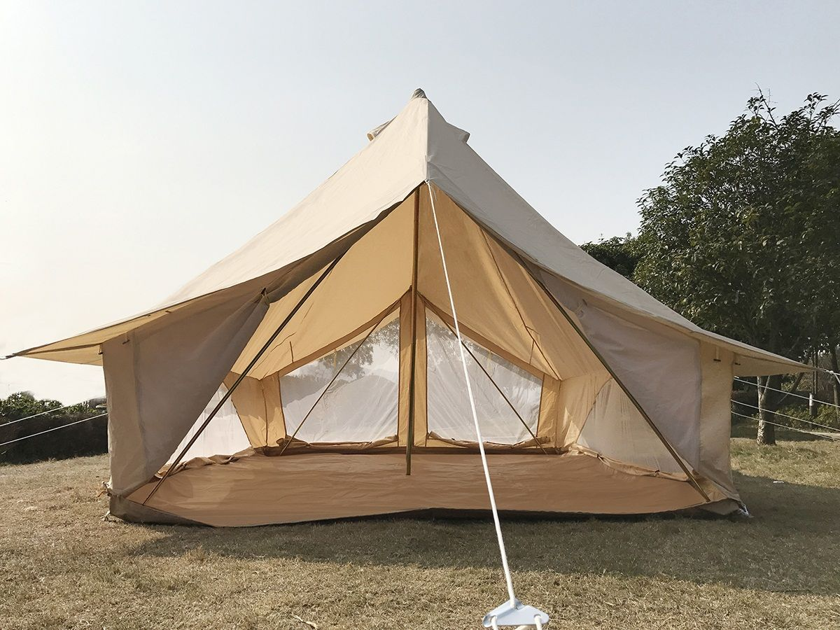 Cotton Canvas Safari Bell Tent In 3m Long And 4m Wide It Can Fit