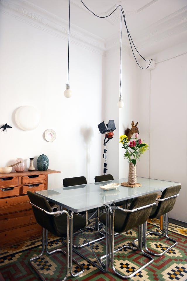 A Cultivated Relaxed Valencia Apartment Cocinas