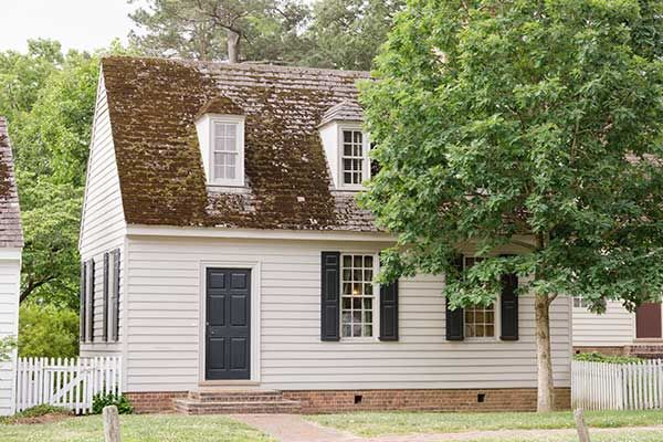 Authentic Colonial Houses In Colonial Williamsburg Va Colonial House Colonial Garden House
