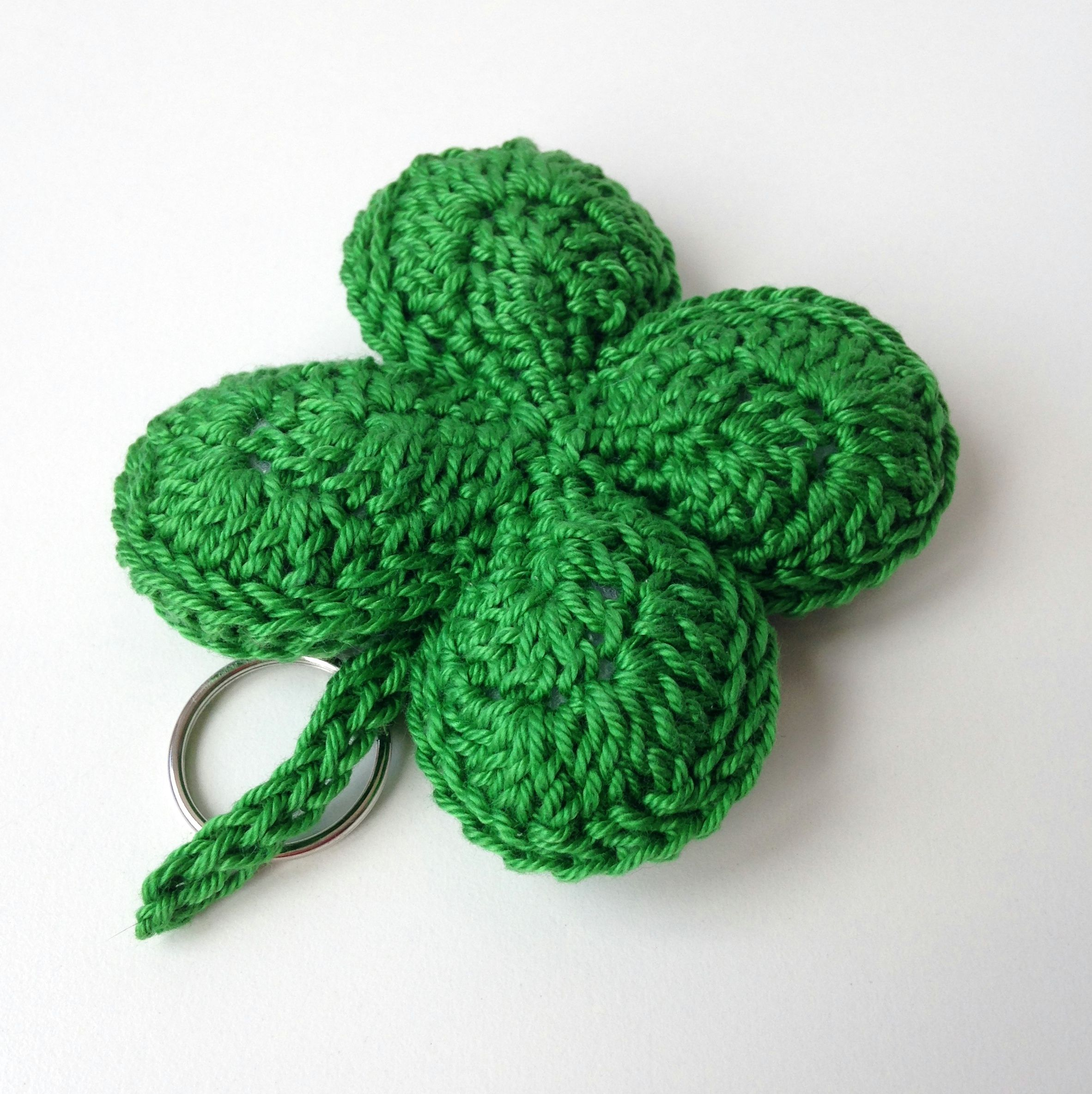 four-leaf-clover-keychain green | Crochet Ganchillo | Pinterest