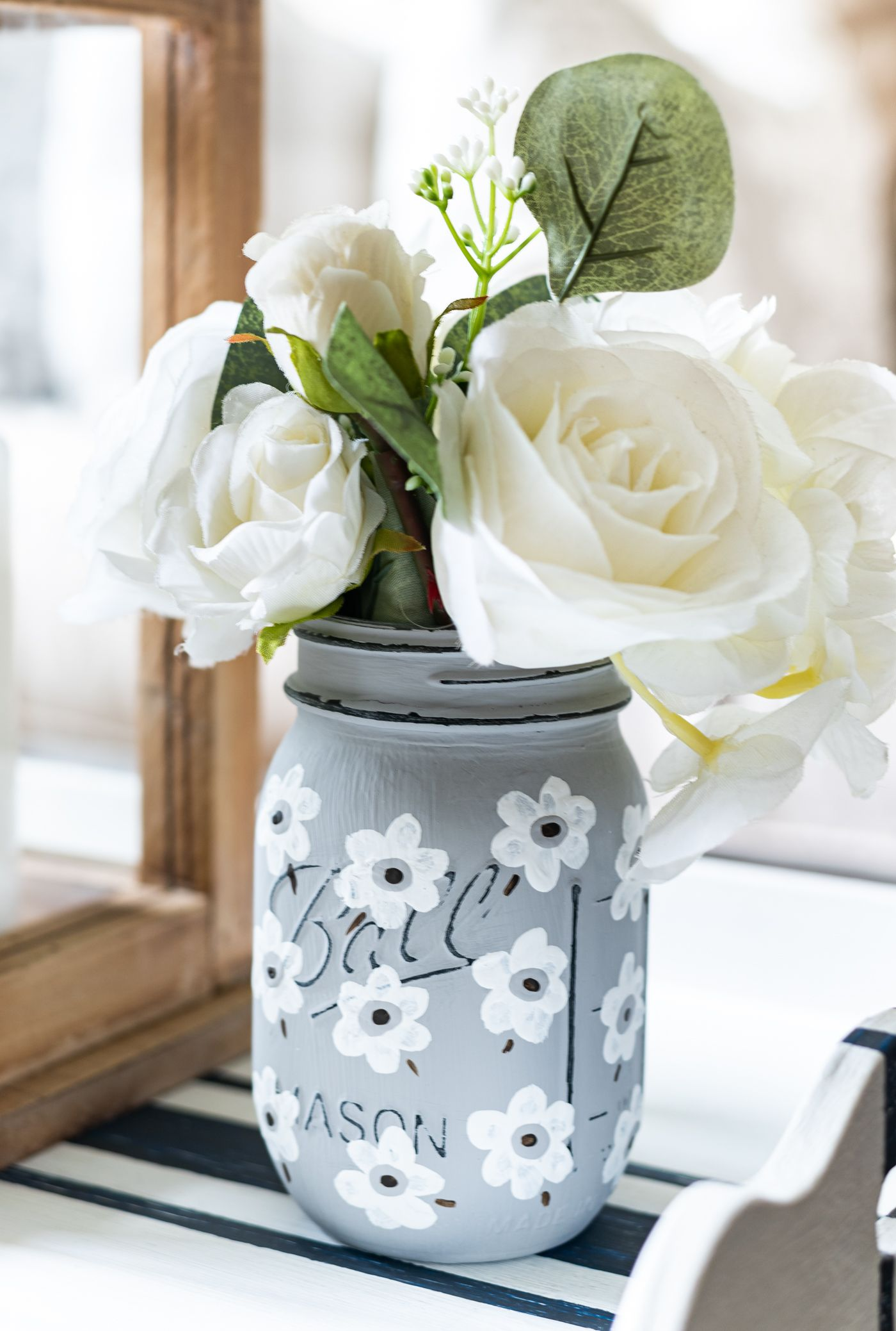White Poppy Painted Mason Jar Painted Mason Jars Mason Jar Diy Painted Jars