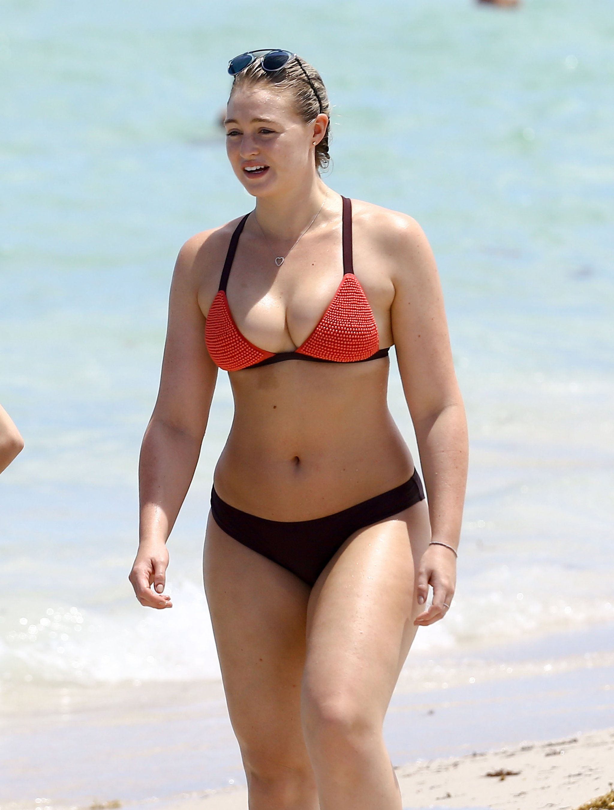 Iskra Lawrence Bikini Nude Photos 13
