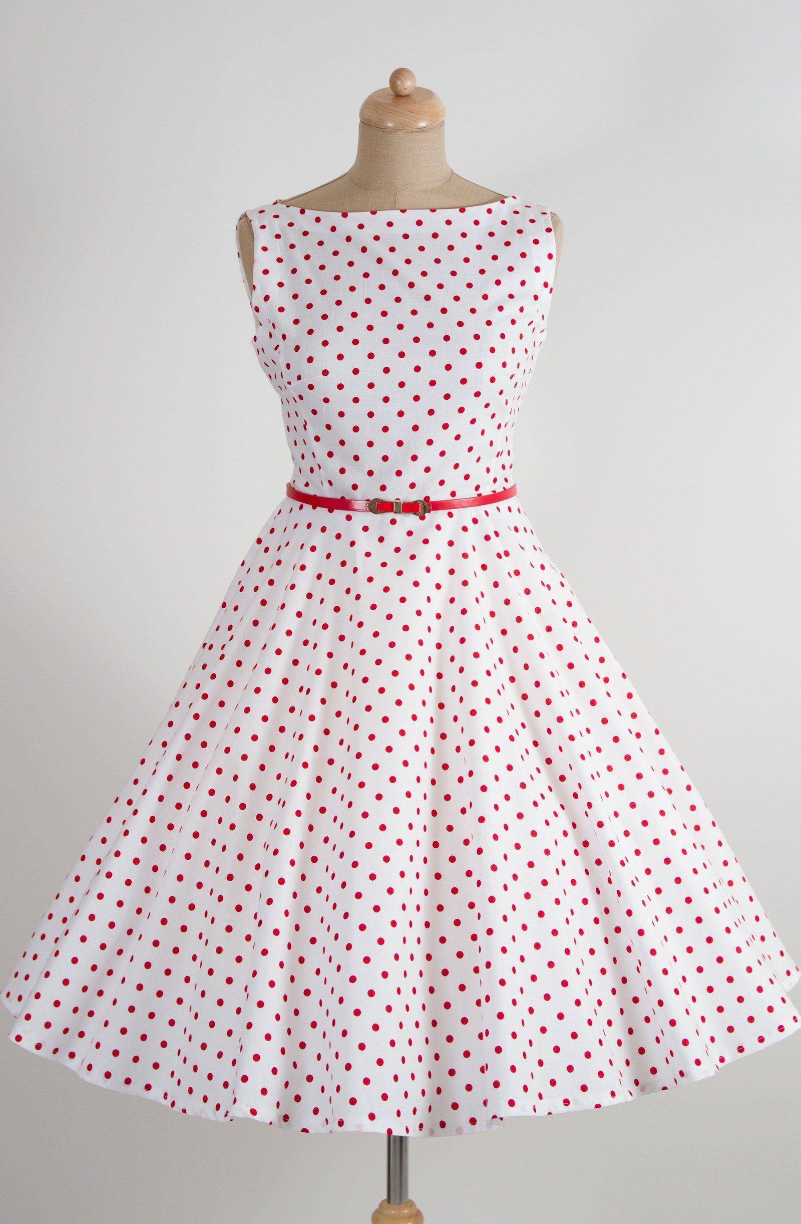 Bílé retro šaty s červeným puntíkem lodičkový výstřih knoflíčky na ... abfd992722
