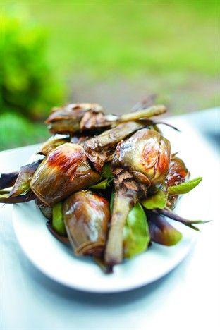 Artichauts poivrades aux anchois - Larousse Cuisine