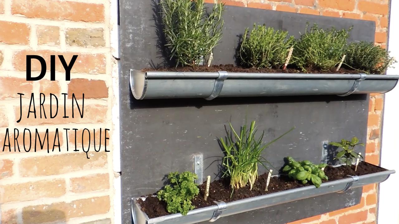 Plantes Aromatiques Sur Terrasse diy réalisation d'un jardin de plantes aromatiques dans des