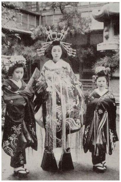 Ԋ@ @ ʐ^ @     | Японские гейши, Гейша, Фотографии