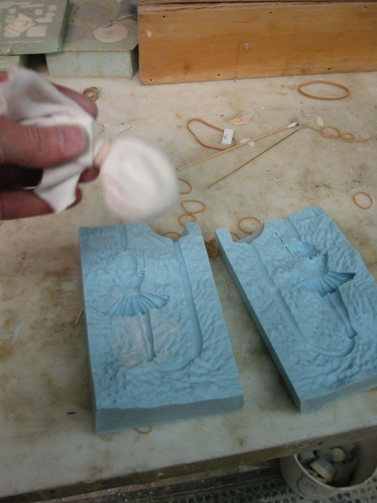 Primer — Moldmaking Diy silicone molds, Resin crafts