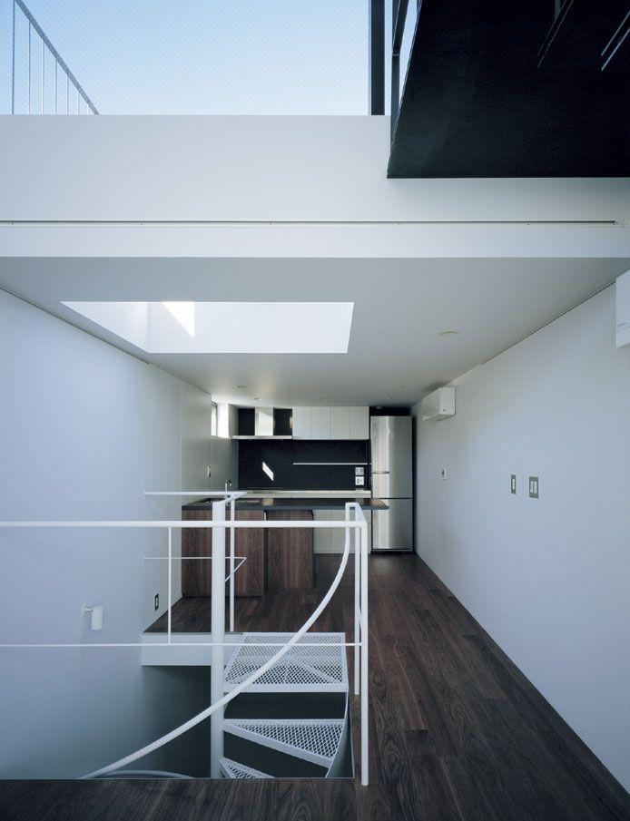 APOLLO Architects & Associates SLIT
