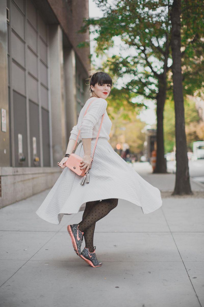 fashion blog fashion blogger new york city paulinefashionblog.com  31 Une jupe qui tourne et des baskets qui courent vite...