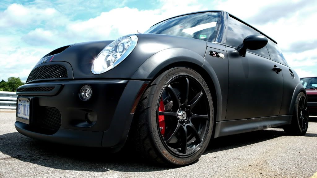 how much does it cost to get your car wrapped a different color