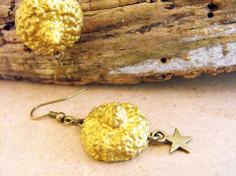 Acorn earrings, acorn jewellery, woodland jewellery, gold earrings, organic earrings, sparkly earrings, stars earrings, shiny earrings FD de FamDdaear en Etsy
