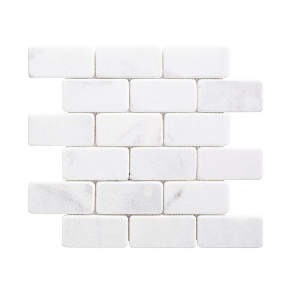 carrara chateau tumbled marble brick