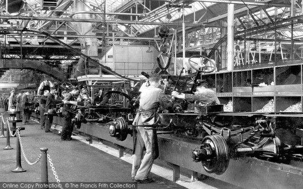 Dagenham Interior View Of The Ford Works C 1950 Motoring Ford