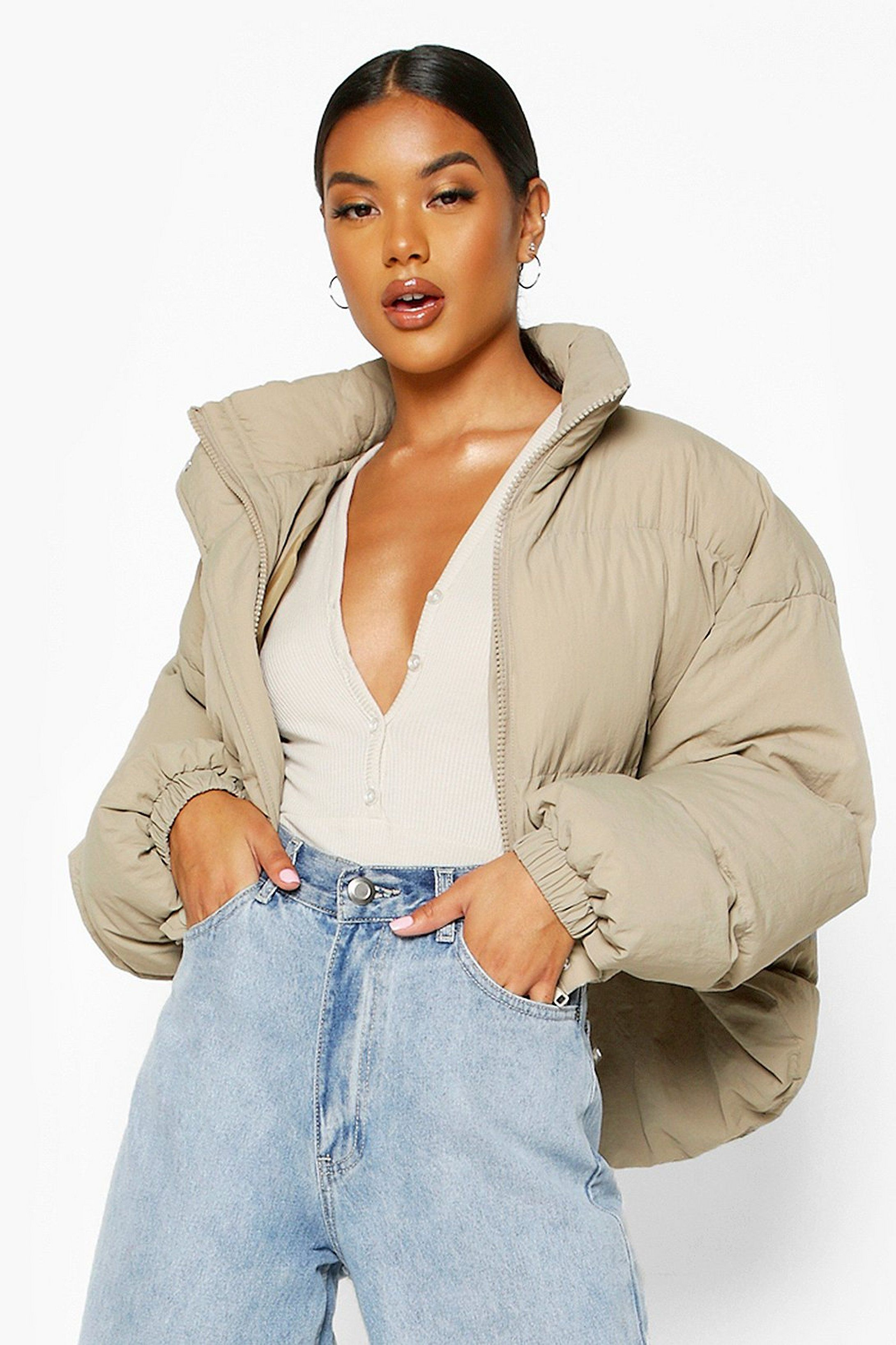 Funnel Neck Cropped Puffer Jacket Boohoo Cropped Puffer Jacket Puffer Jackets Funnel Neck [ 3272 x 2181 Pixel ]