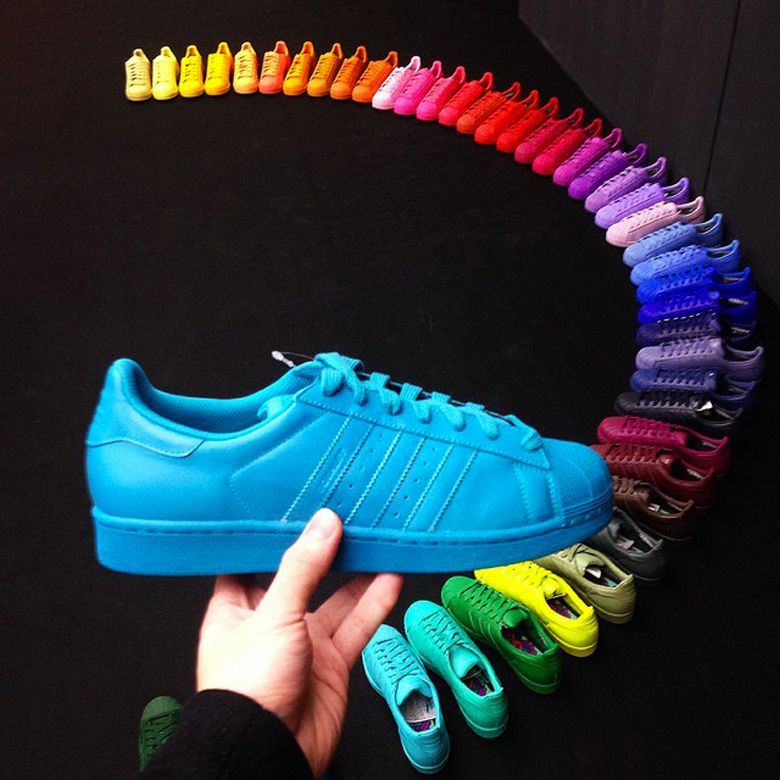 6942b8d46 Adidas Superstar 2015  Rainbow Pack by Pharrell Williams. Scopritelo qui.  Foto.
