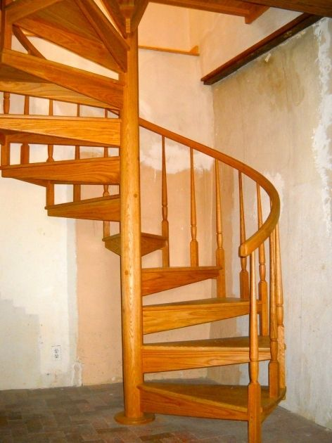 Best Oak Spiral Staircase Stairs Design Spiral Staircase 400 x 300
