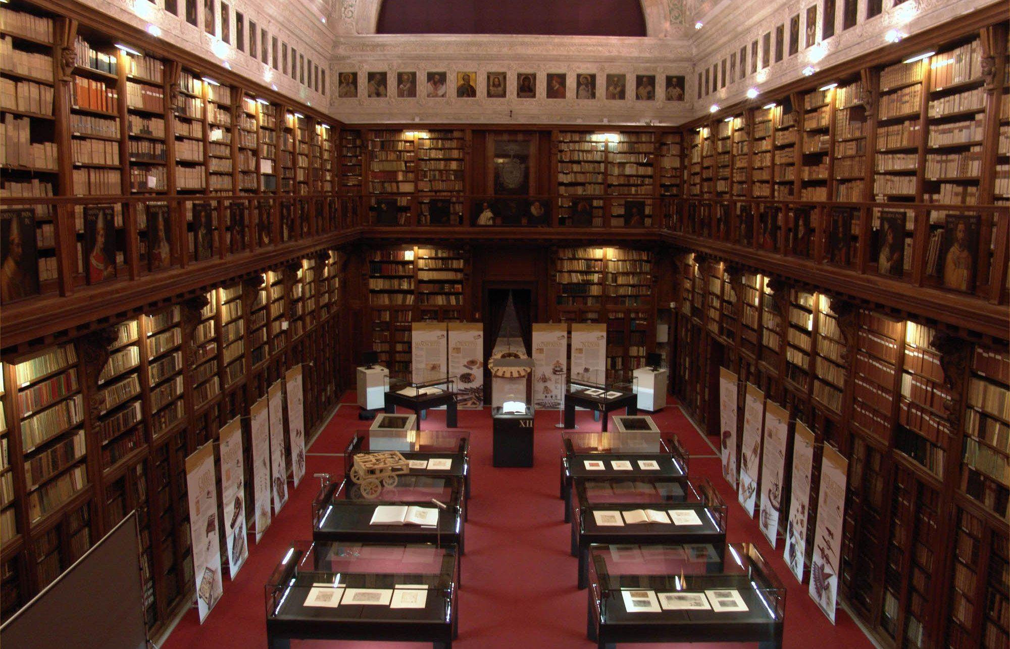 Imagini pentru Biblioteca ambroziană