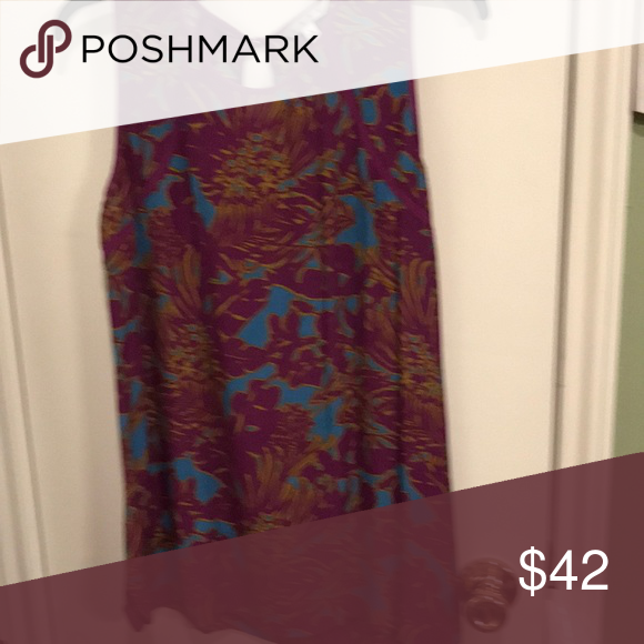 Cabi palm grass tank (With images) Cabi, Things to sell