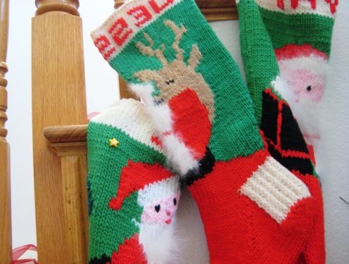 Vintage Knitted Christmas Stocking Patterns Free - Pattern ...