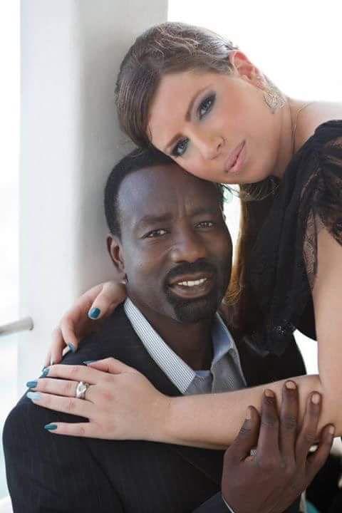 العلمانية يتبنى الزواج المدني وليس الزواج الديني  بقلم فيصل محمد صالح