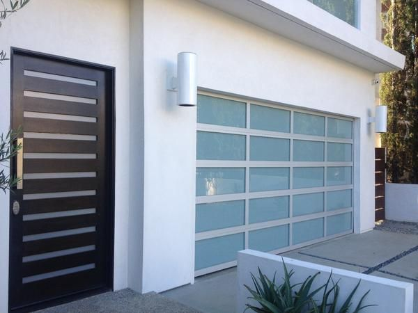 Contemporary Aluminum U0026 White Laminate (Privacy) Glass Garage Door