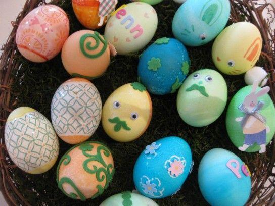 Dye & Decorate Easter Eggstravaganza