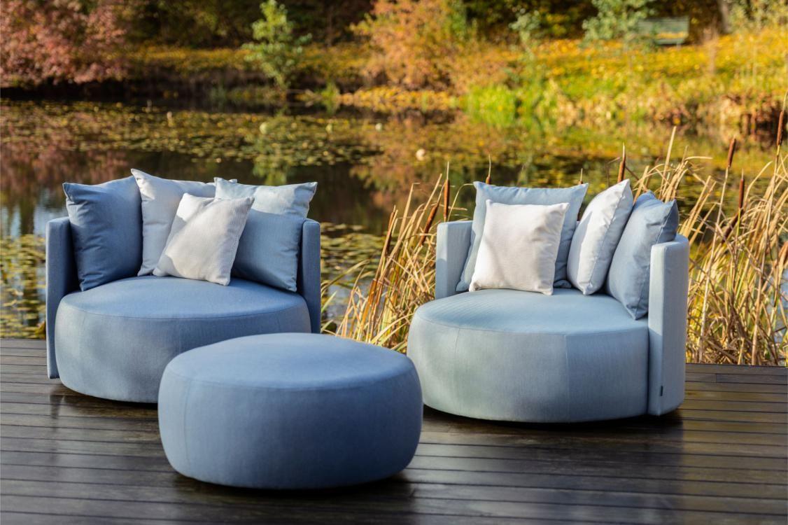 Ein Grosser Lounge Sessel Zum Wohlfuhlen Ideenhaus Rodemann Bochum Passepartout Happy Outdoor Garten Terasse In 2020 Lounge Mobel Terasse Lounge Aussenmobel