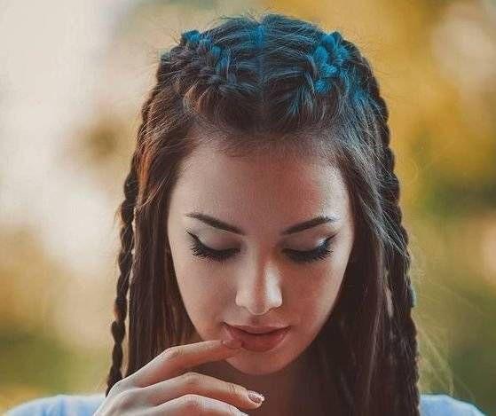 5 peinados fáciles con trenzas para cuando no sabes qué hacer con tu cabello