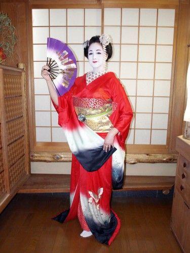ceinture obi,costume traditionnel japonais,kimono,habit de