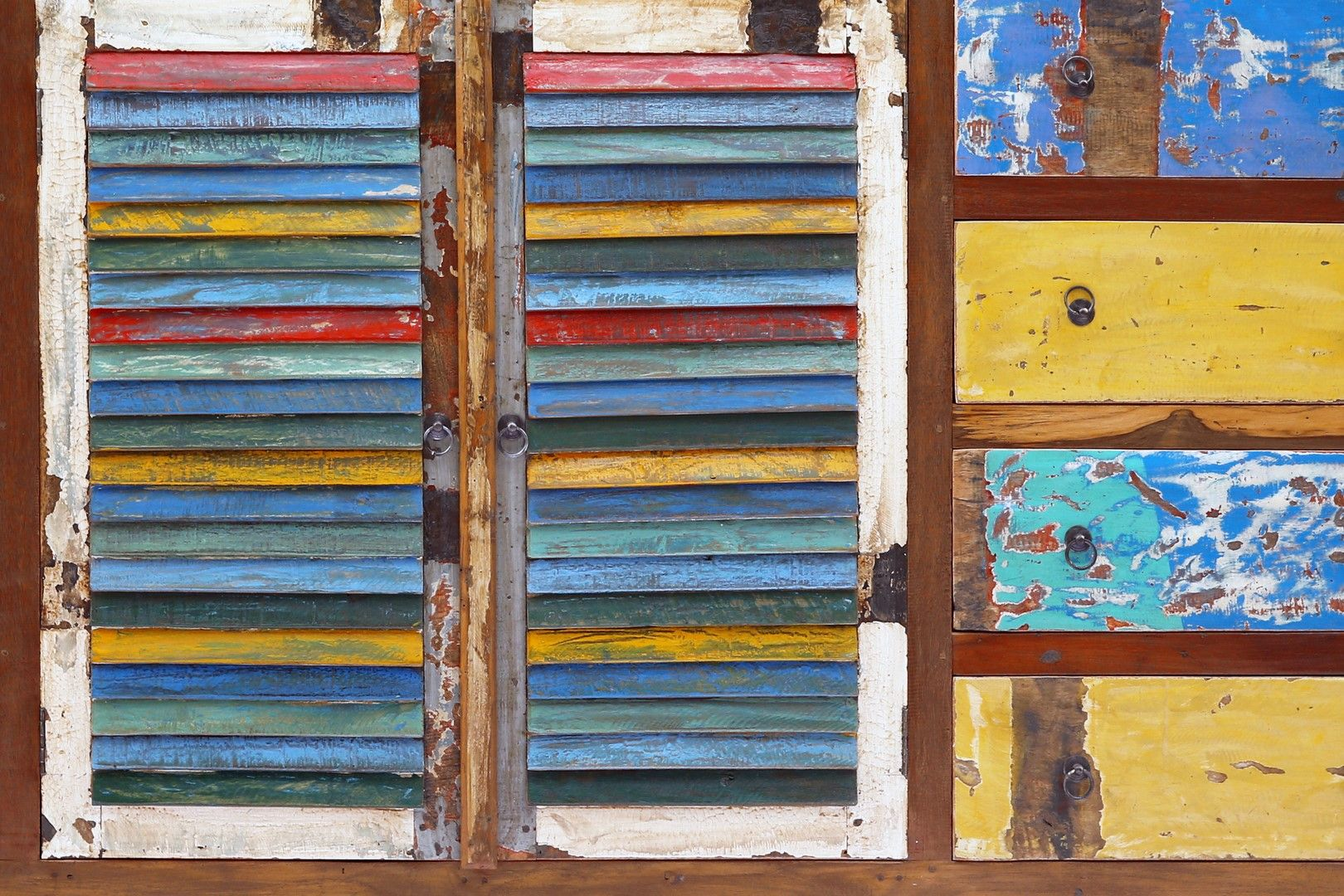 buffet 10 tiroirs 2 portes en bois de bateaux de java recycl bois massif peut galement tre. Black Bedroom Furniture Sets. Home Design Ideas
