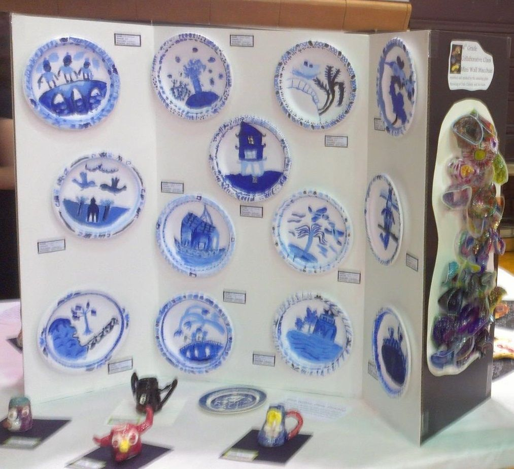 Blue Willow Pattern Plate Painting with tints and shades. You Tube has some great videos & Use Your Coloured Pencils: Willow Pattern Paper Plates | Art ...