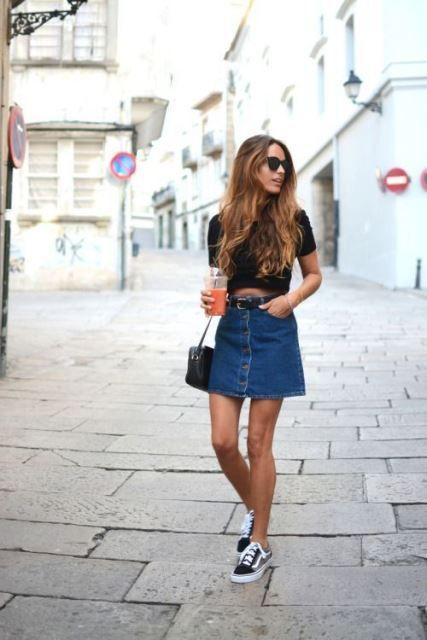 d0185a4dc falda vaquera crop top | Outfits Mujer | Conjuntos con falda de ...