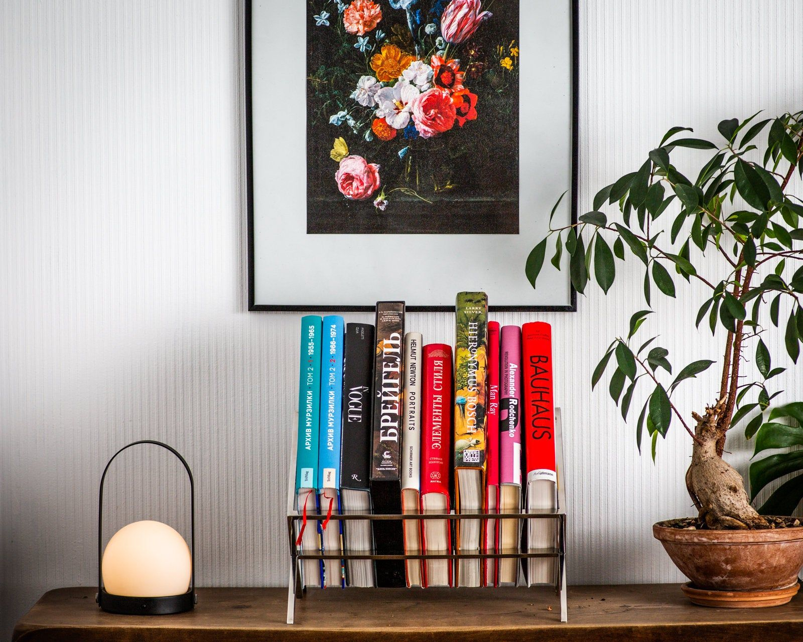 minimalist book shelf windowsill