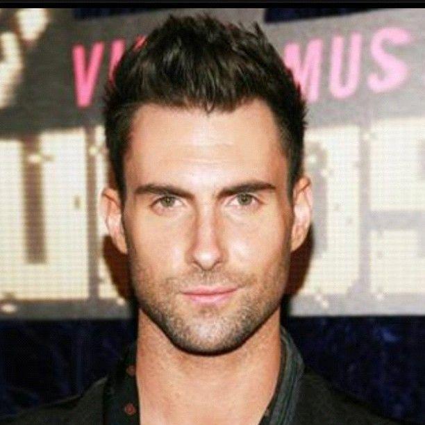 Adam Levine Cool Hairstyles For Men Adam Levine Haircut Adam Levine