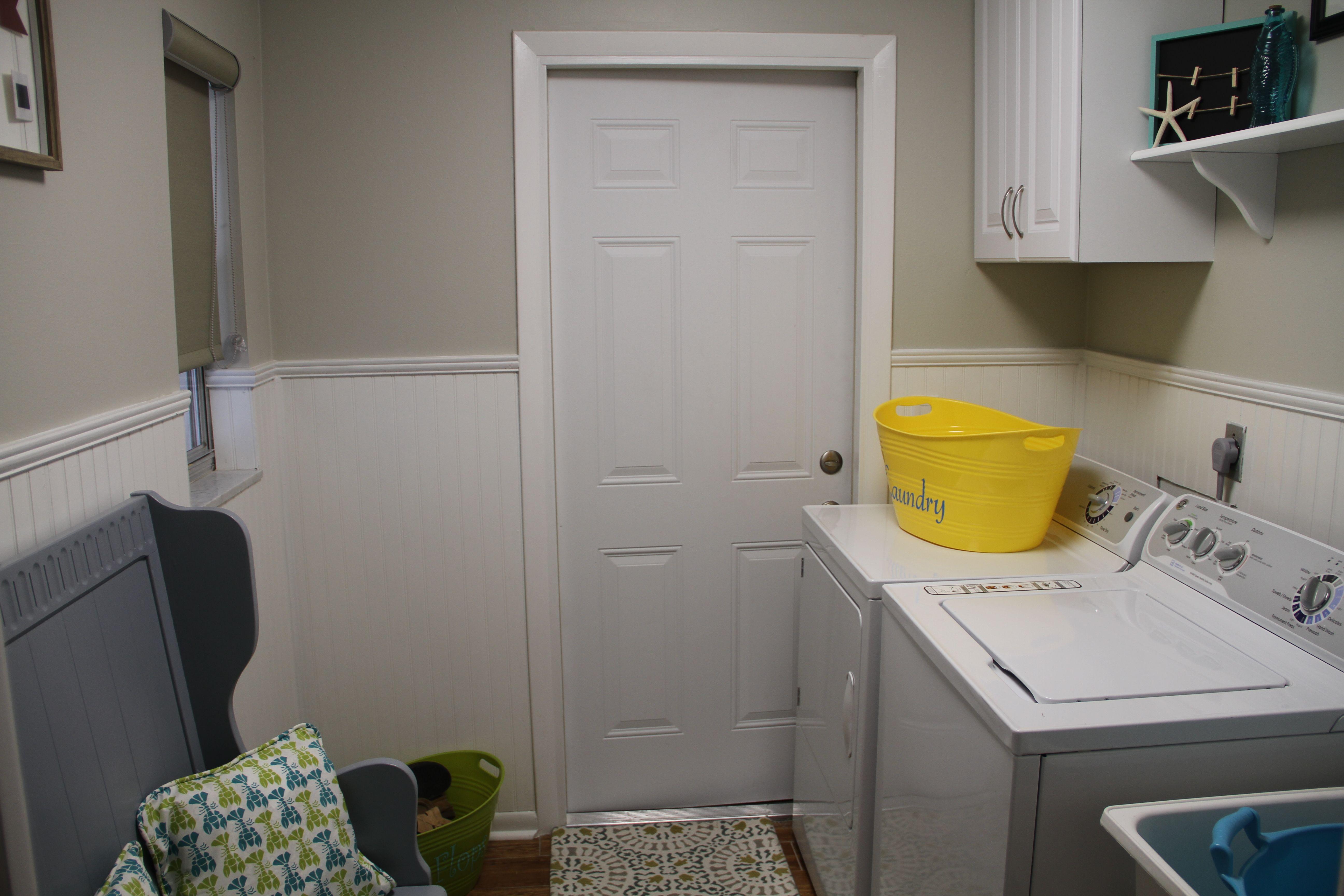 Laundry Room 460 Elk .