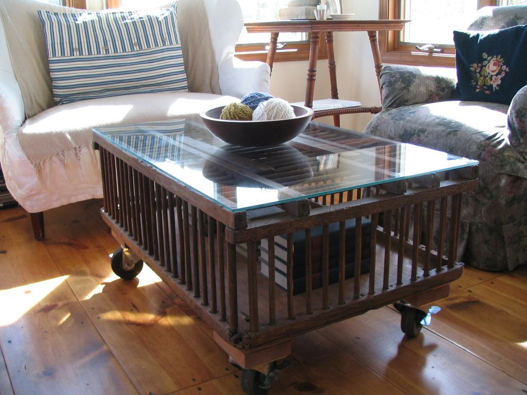 Chicken crate coffee table - love the industrial wheels.