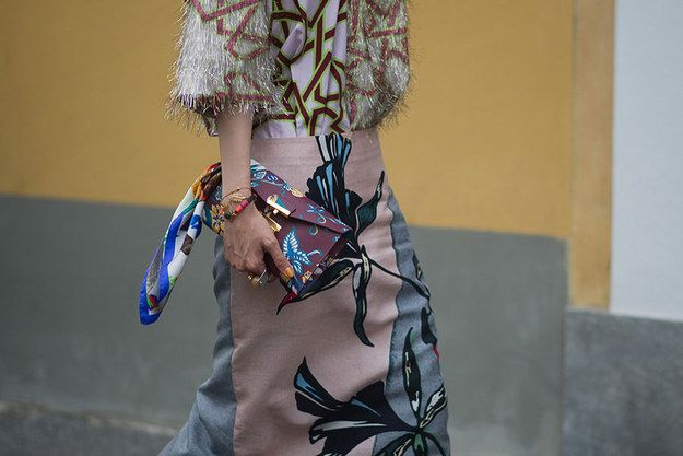 Mix unusual prints and colors! | 10 Fashion Rules That Will Never Go Out Of Style