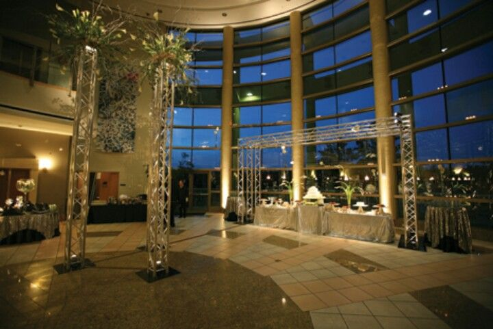 Wedding Venues Grand Lakefront View At Mobile Museum Of Art Alabama Wedding Venues Wedding Venue Locations Alabama Weddings